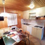 Dnevni prostor s kuhinjo